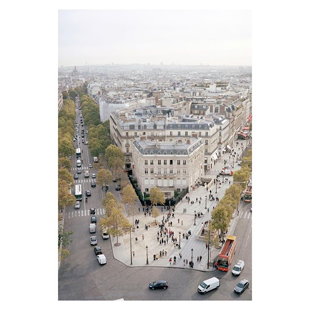 @atmospheriquesnarratives co-founder @cyrilleweiner is currently exhibiting @pavillondelarsenal his series Paris Haussmann, Variations de l'identité in the #exhibition Paris Haussmann, a model relevance. catalogue published by @parkbooks. With @lan_architecture #umbertonapolitano and @franckboutte #photography #exhibition #paris #haussmann