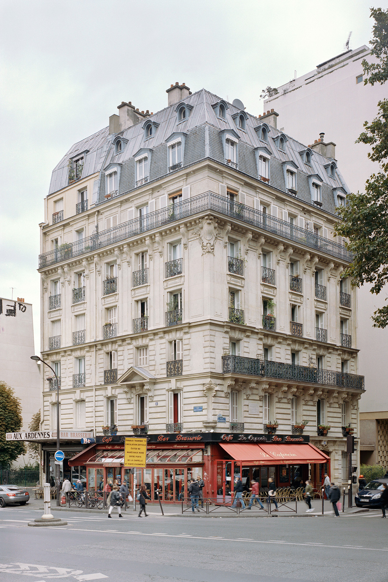 Paris Haussmann, Variations de l'identité  photography Cyrille Weiner | for the exhibition Paris Haussmann, a model relevance at Pavillon de l'Arsenal, with LAN architecture | Catalogue Park Books